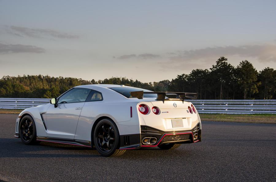 4 star Nissan GT-R Nismo