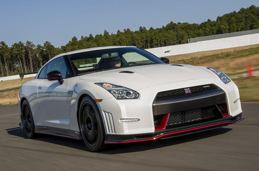 Quick news: GT-R Nismo price revealed; New Ford Kuga; hybrid car sales rise
