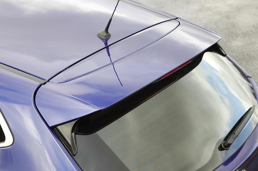 Nissan Qashqai rear spoiler