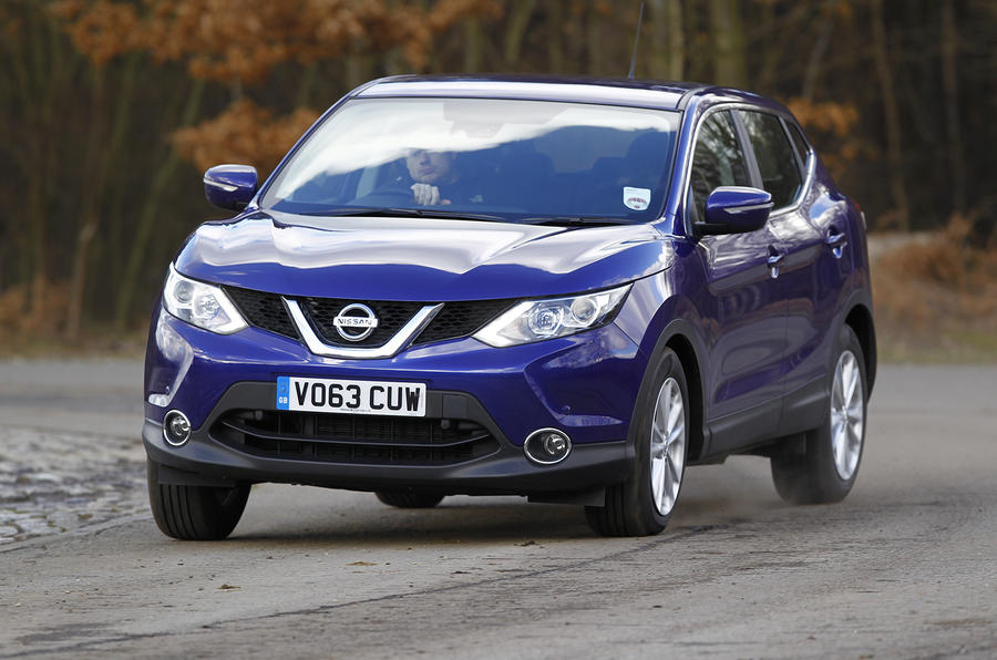 Quick news: Qashqai's five-star safety; Volvo V40 engines; 'widebody' Range Rove