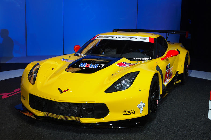 Corvette C7.R revealed at Detroit motor show