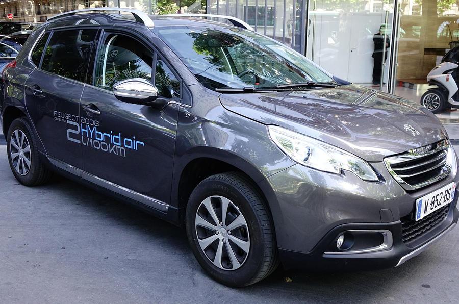 Renault to unveil 141mpg concept car at Paris motor show