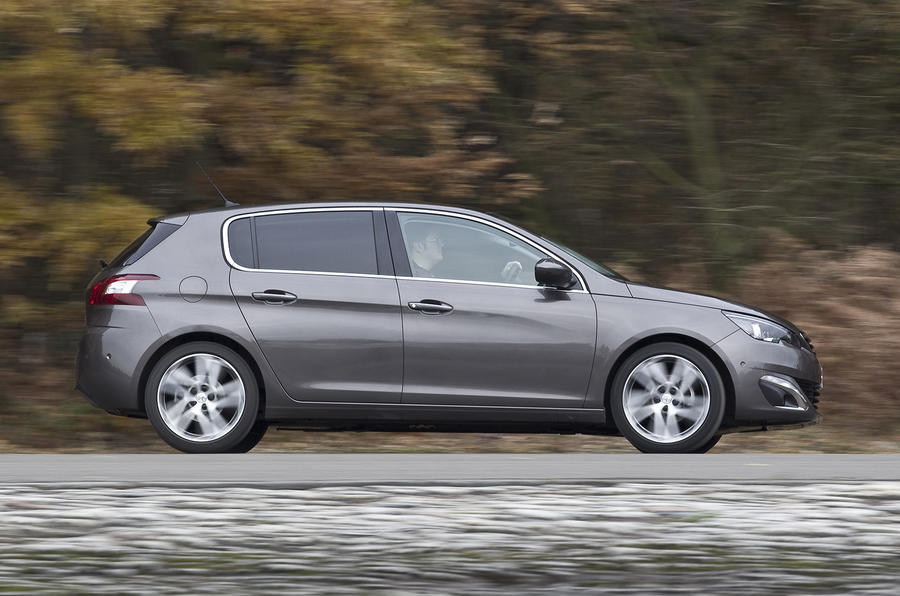 Peugeot 308 side profile