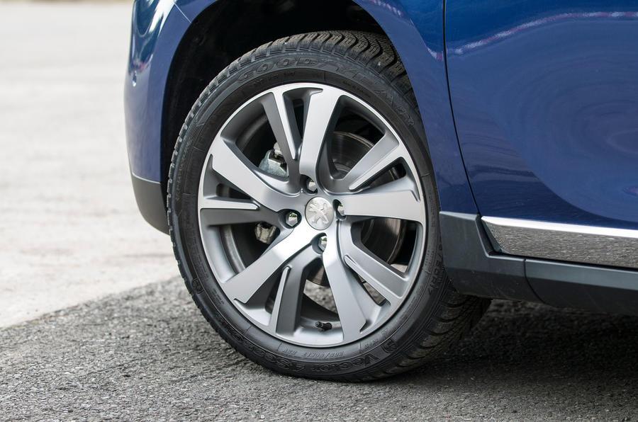 17in Peugeot 2008 alloy wheels
