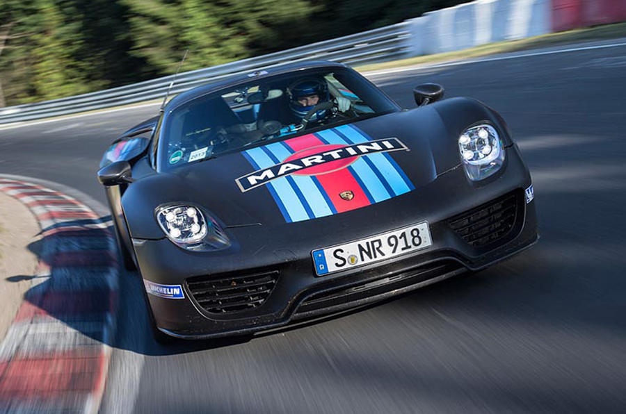 Porsche 918 Spyder sets new Nurburgring lap record