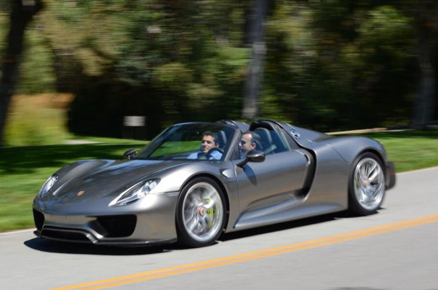 Porsche 918 Spyder spotted in final production form