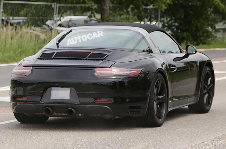 Facelifted Porsche 911 Targa in development for 2015 launch