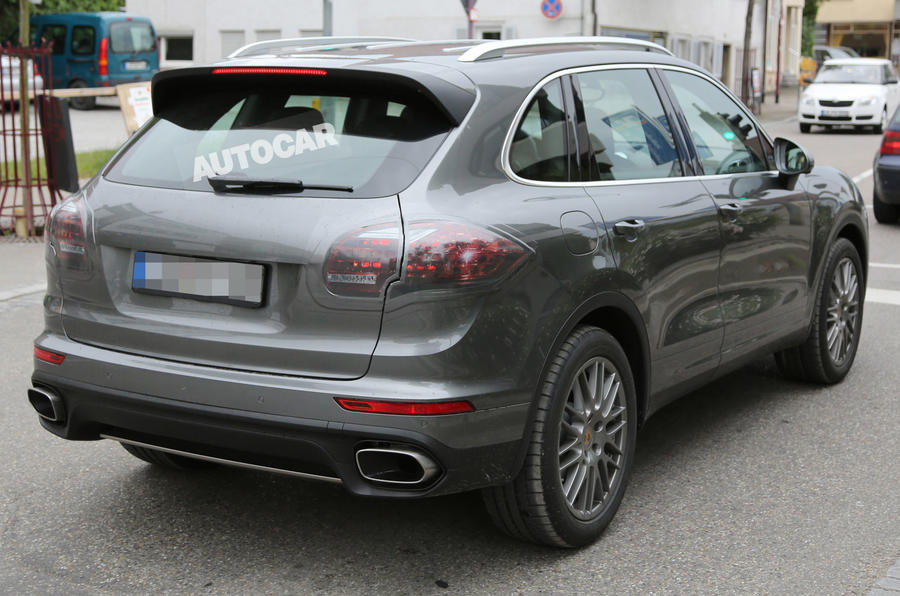 Facelifted Porsche Cayenne spotted undisguised ahead of Paris debut