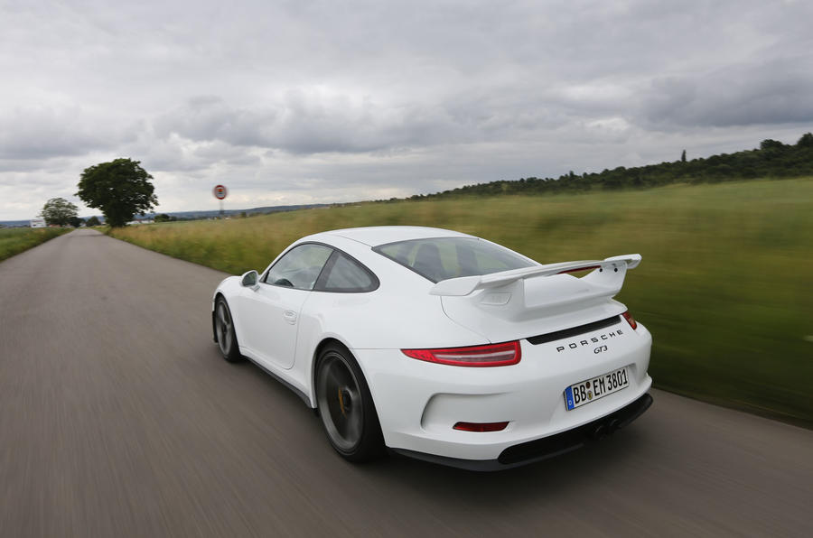 porsche 911 gt3 2013 2016 review 2017 autocar. Black Bedroom Furniture Sets. Home Design Ideas