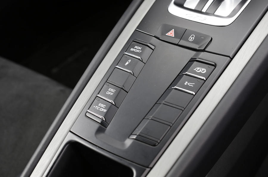 Porsche 911 GT3 dynamic control