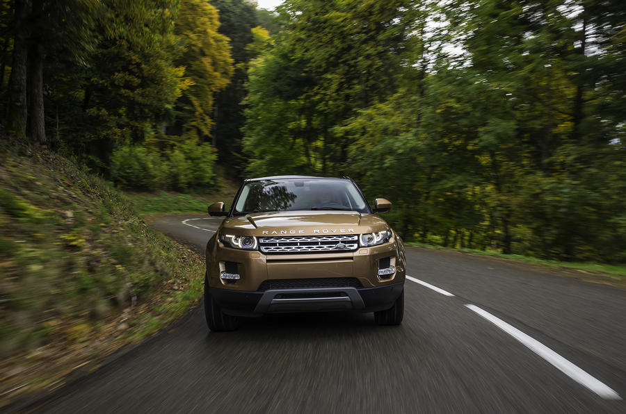 Range Rover Evoque SI4 Dynamic first drive review