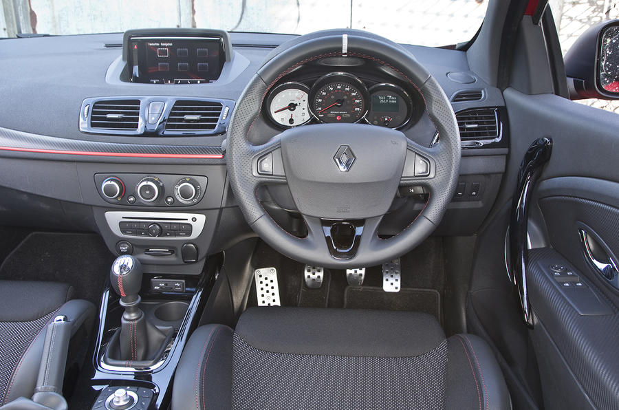Renault Megane RS dashboard