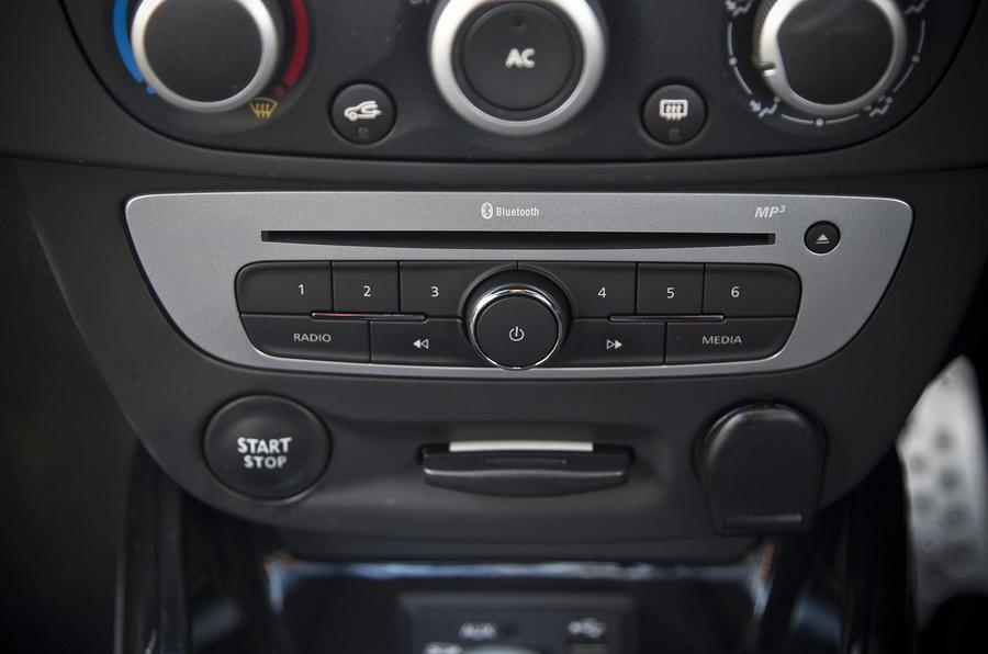 Renault Megane RS centre console