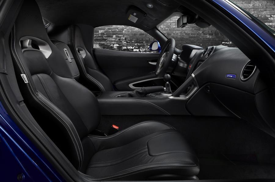 SRT Viper interior