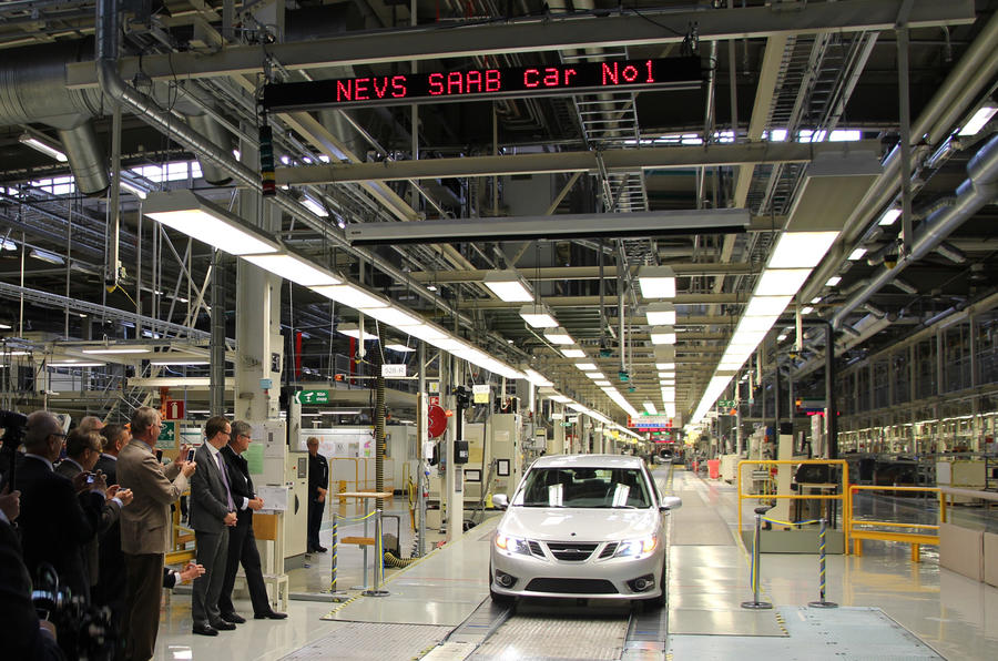 Saab restarts production in Trollhattan