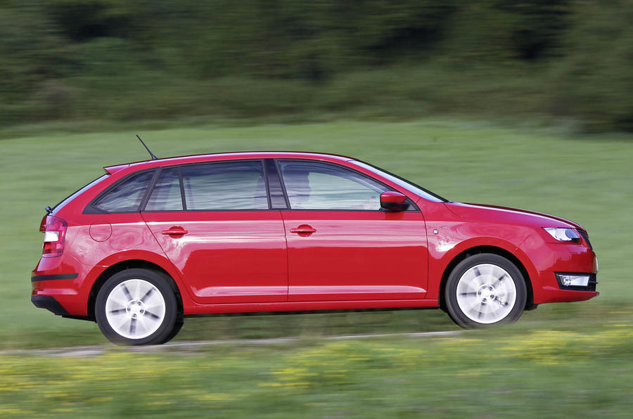 Skoda Rapid Spaceback side profile