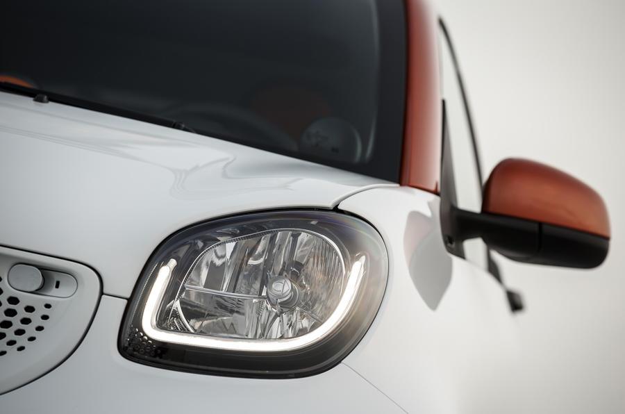 Smart Fortwo headlight