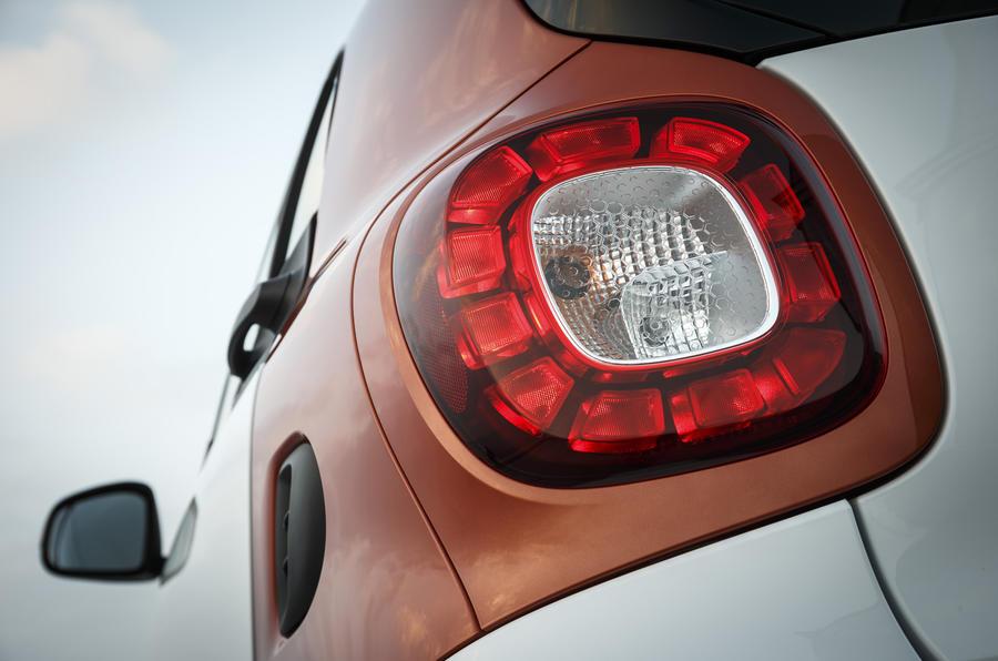 Smart Fortwo rear light