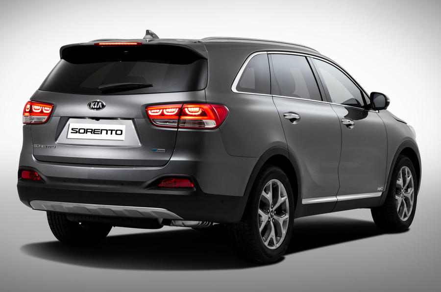 Third-generation Kia Sorento revealed