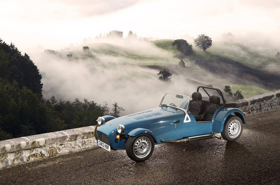 4 star Caterham Seven 160