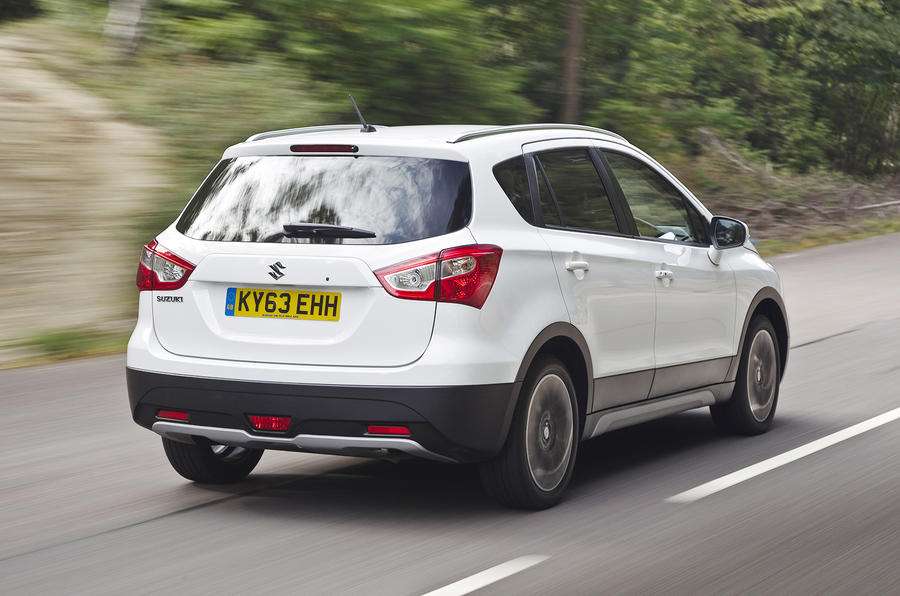 Suzuki S-Cross rear quarter