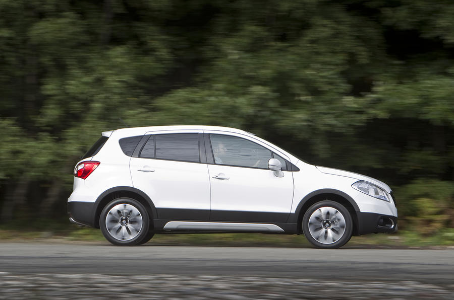 Suzuki S-Cross side profile