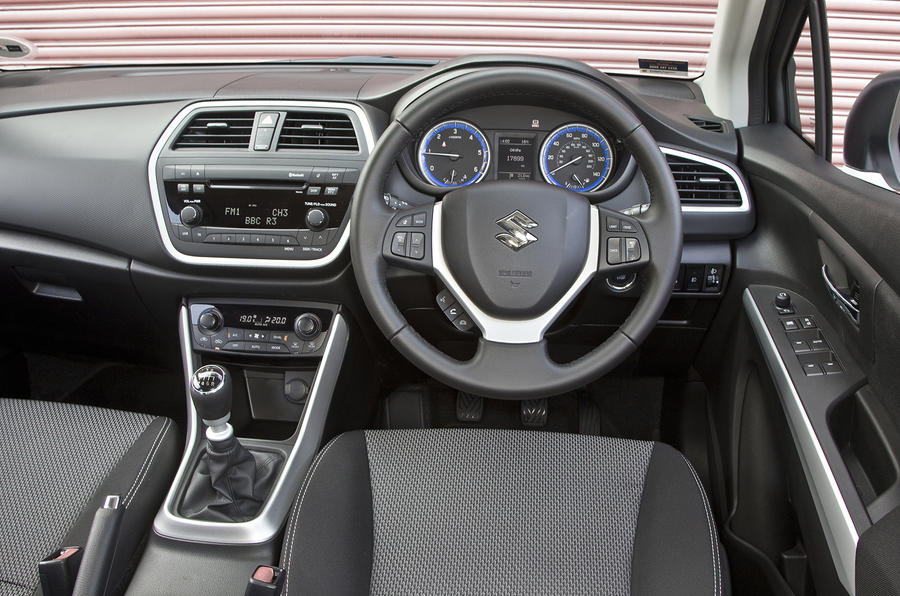 Suzuki S-Cross dashboard