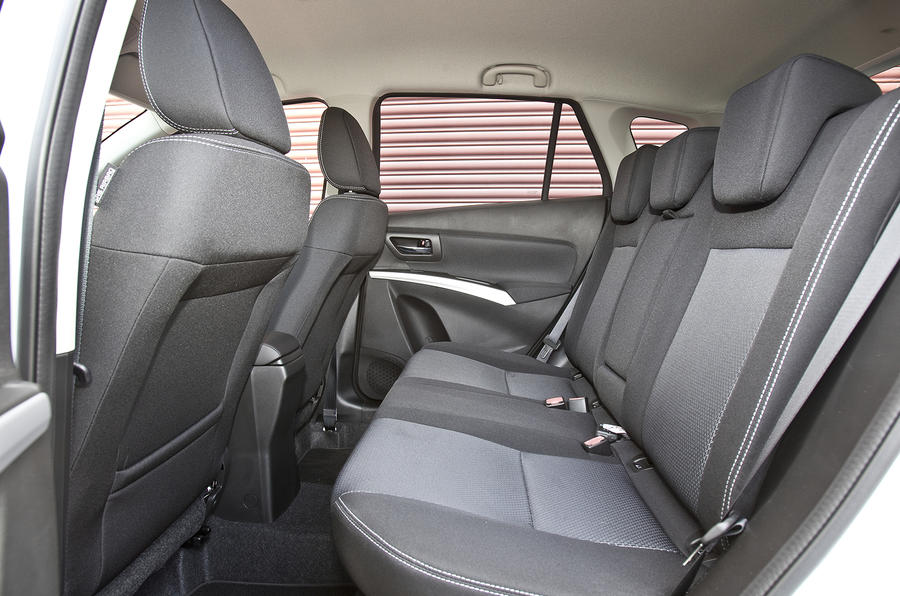 Suzuki S-Cross rear seats