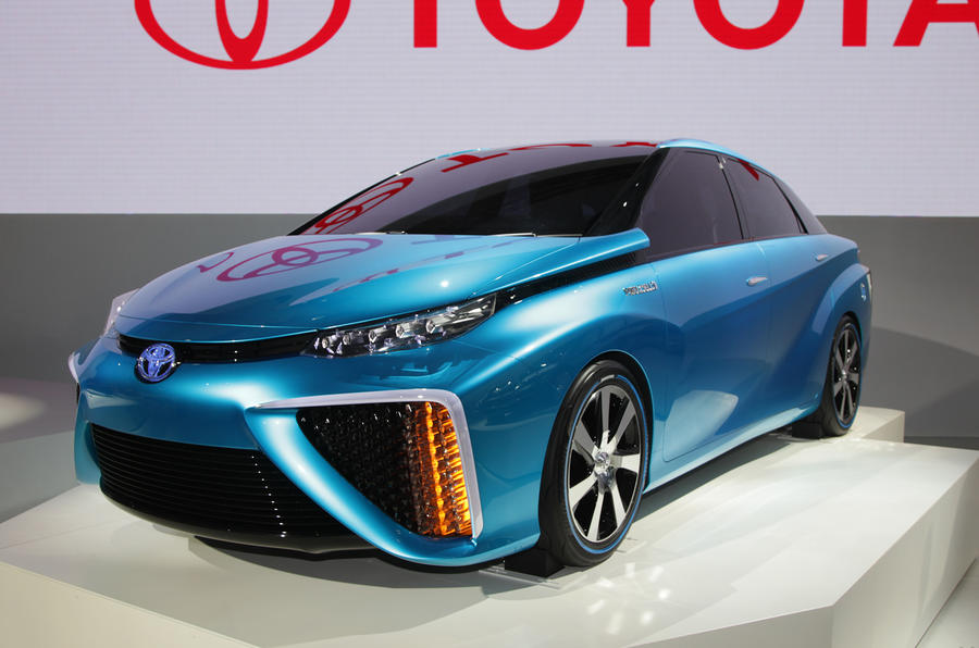 Toyota to show hydrogen-powered FCV concept at Tokyo