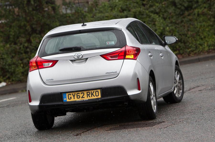 Toyota Auris rear cornering