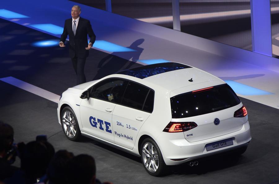 Hot electric Volkswagen Golf GTE revealed
