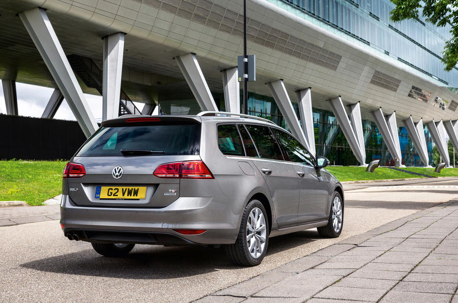 Quick News: VW Golf Estate pricing, Subaru cuts XV costs, Leaf remains charge fr