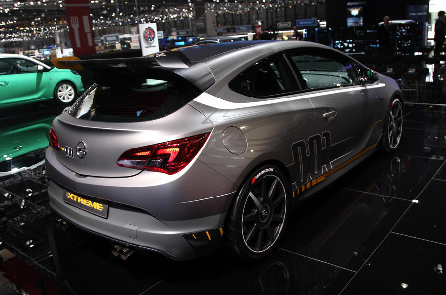 Production confirmed for 300bhp Vauxhall Astra Extreme