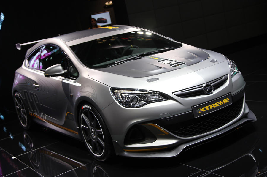 the astra vxr extreme is powered by a 2 0 litre turbocharged petrol