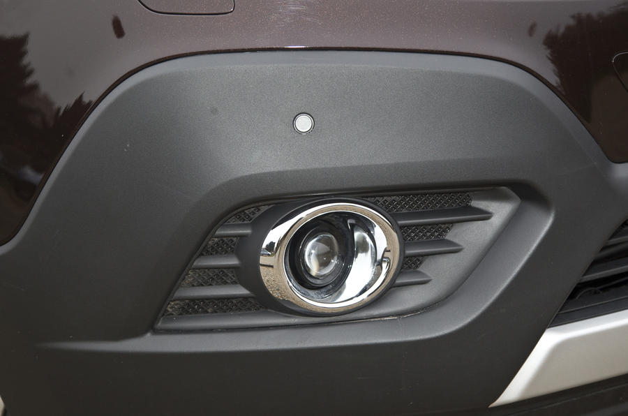 Only the cheapest models of the Vauxhall Mokka do without foglights