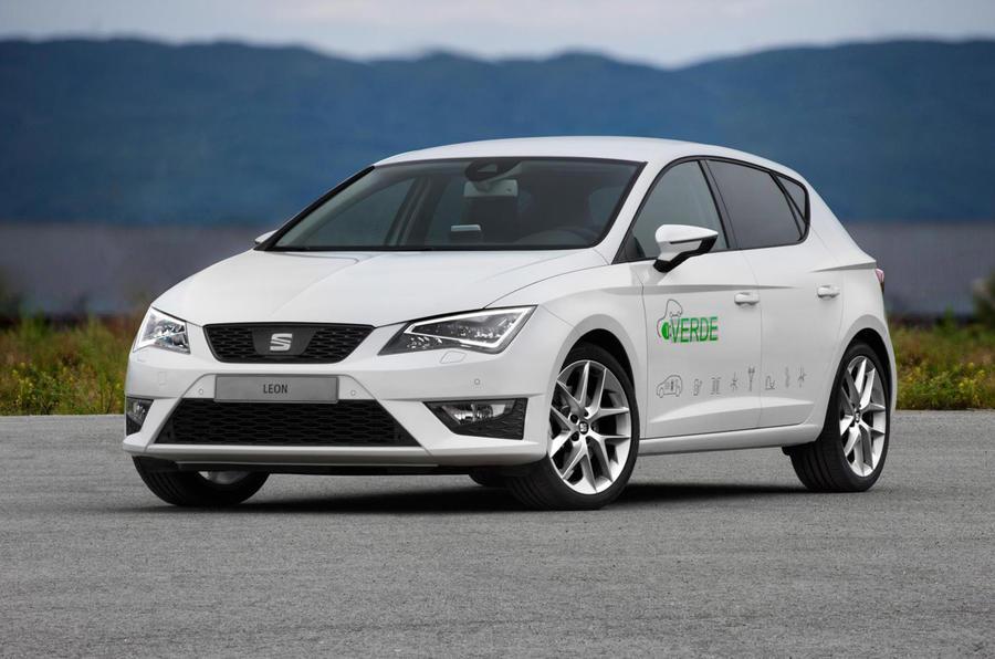 Seat shows Leon Verde hybrid prototype