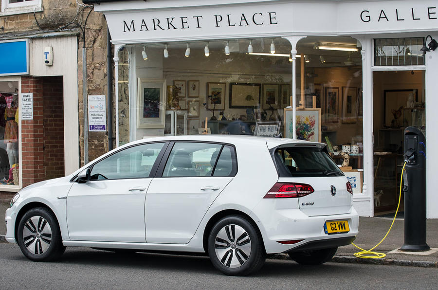 Volkswagen e-Golf struck by charging setback