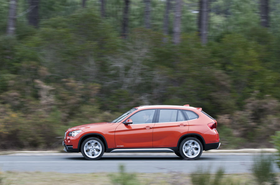 BMW X1 xDrive25d x Line side profile
