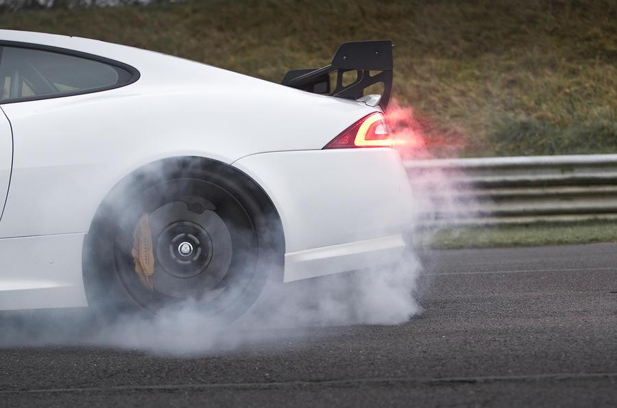 Jaguar XKR-S GT wheelspin