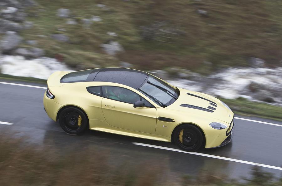 Aston Martin V Vantage S Review Autocar - Aston martin vantage v12