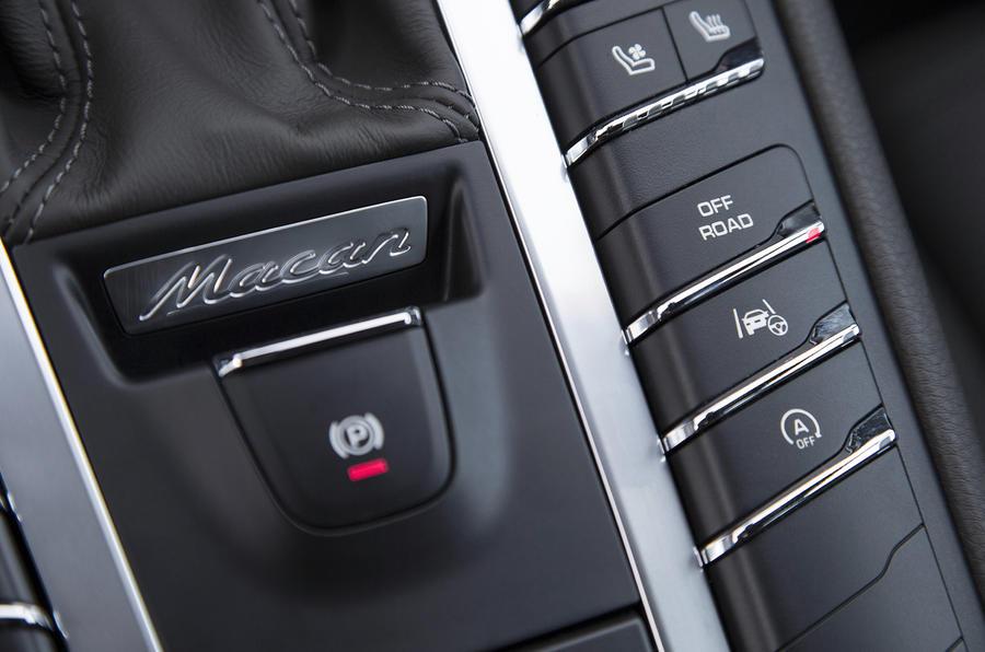 Porsche Macan S Diesel electric parking brake