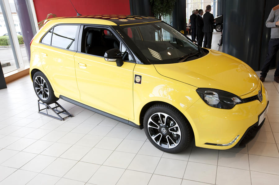 New MG 3 will cost less than £10,000 - latest pics