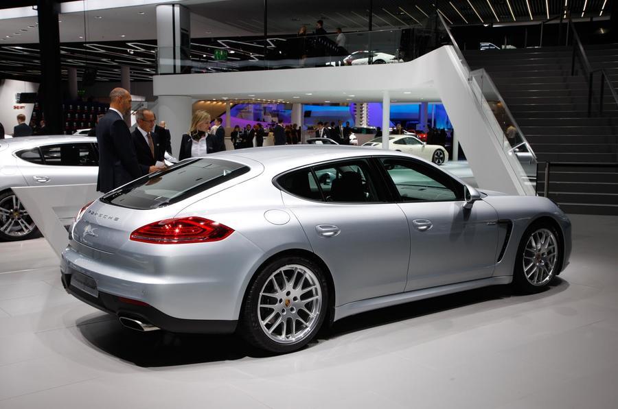 Frankfurt motor show 2013: Porsche Panamera diesel facelift