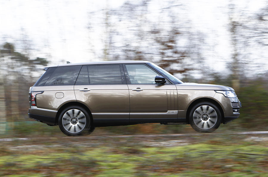 range rover l autobiography tdv8 uk first drive. Black Bedroom Furniture Sets. Home Design Ideas