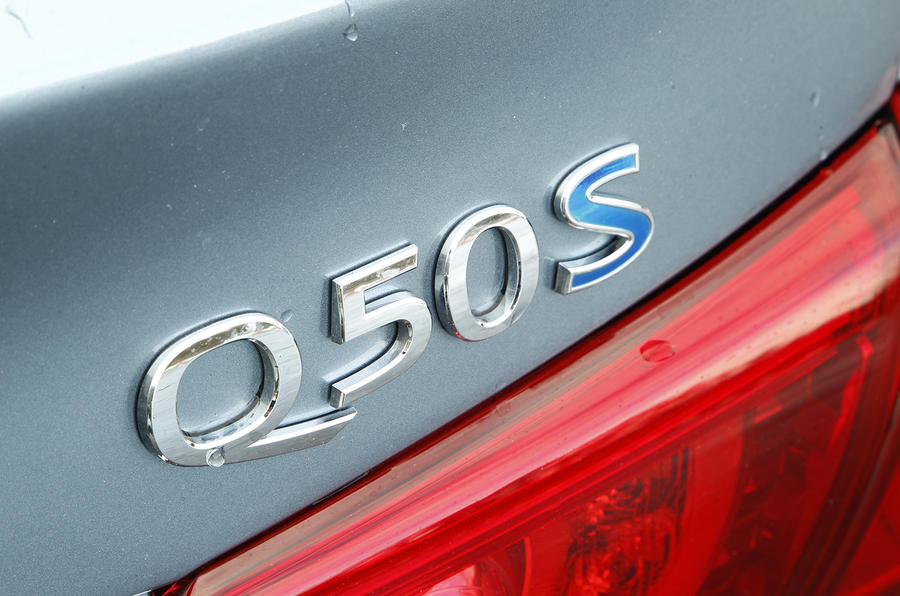Infiniti Q50S Hybrid first drive review