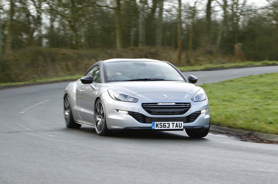 Peugeot RCZ R cornering