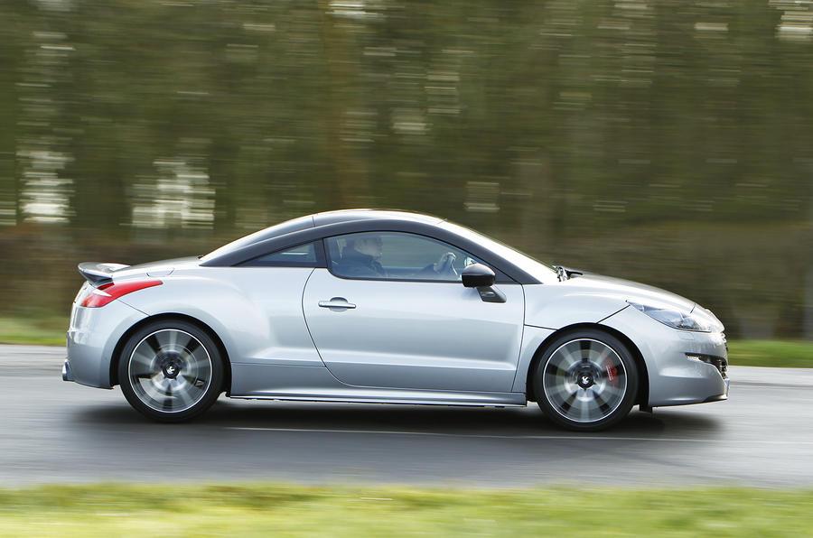 Peugeot RCZ R side profile