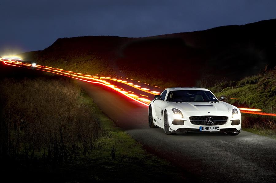 ... Fast Mercedes AMG SLS Black Series ...