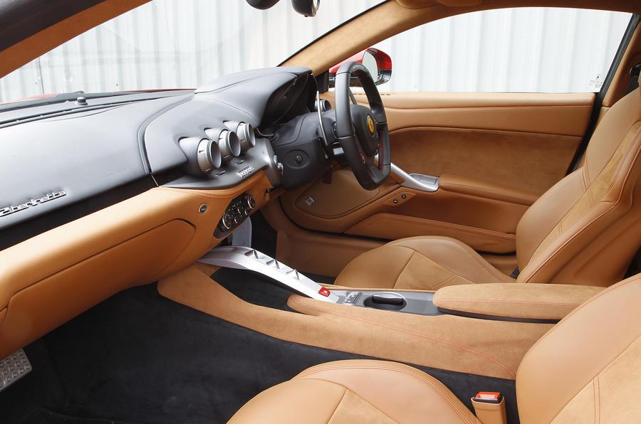 Ferrari F12 Berlinetta 2012,2017 interior