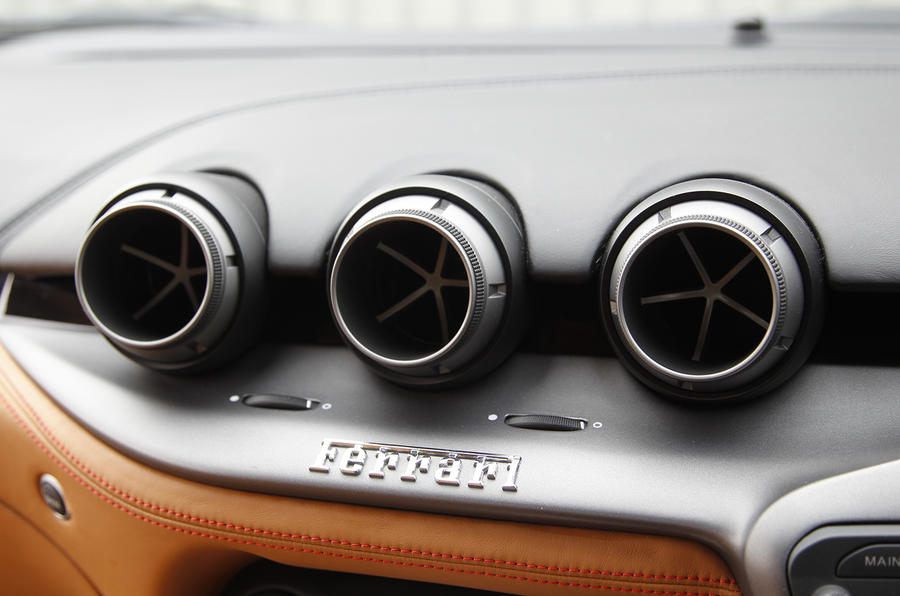 Ferrari F12 air vents
